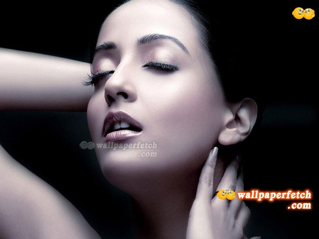 Raima Sen Wallpapers Hot Woman Wallpapers: ...
