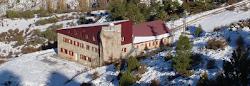 Refugio Rabadá y Navarro (click en foto)