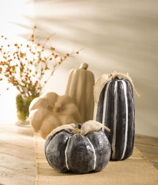 Paper Mache Pumpkin Diy @craftsavy, #craftwarehouse, #diy, #chalkypaint, #papermache