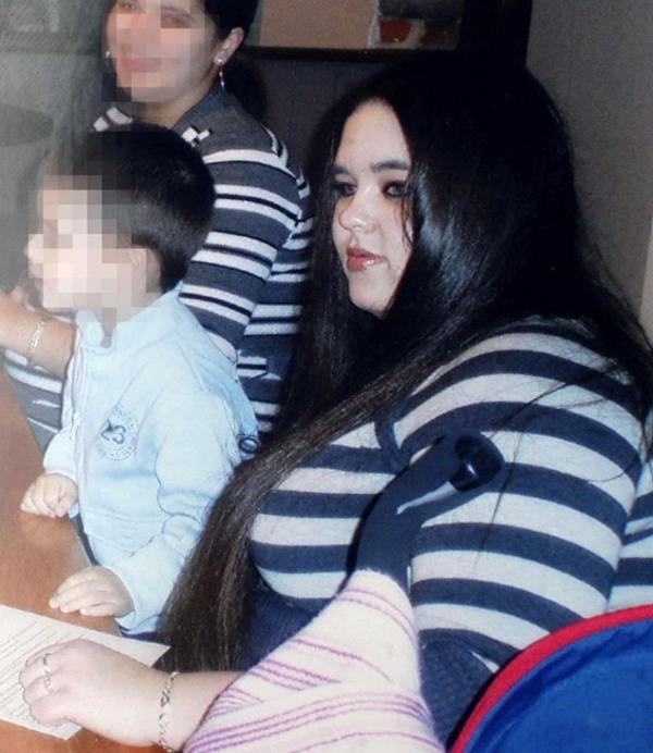 Mulher Emagrece 70Kg Para Ficar Parecida Com Angelina Jolie