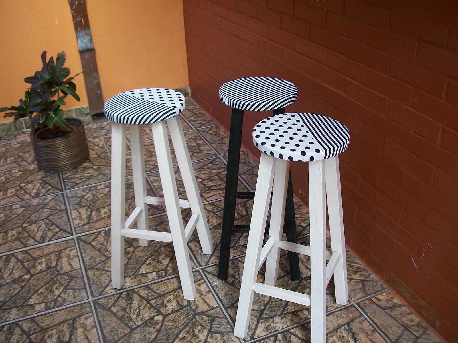 Maria Artes: customização em bancos de madeira e chinelo de tiras #996332 1600x1200