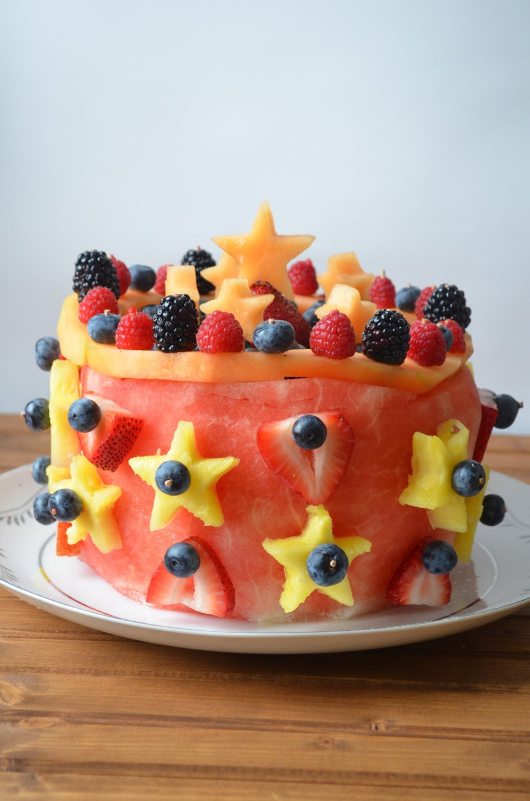 The Savvy Kitchen Raw Fruit Cake