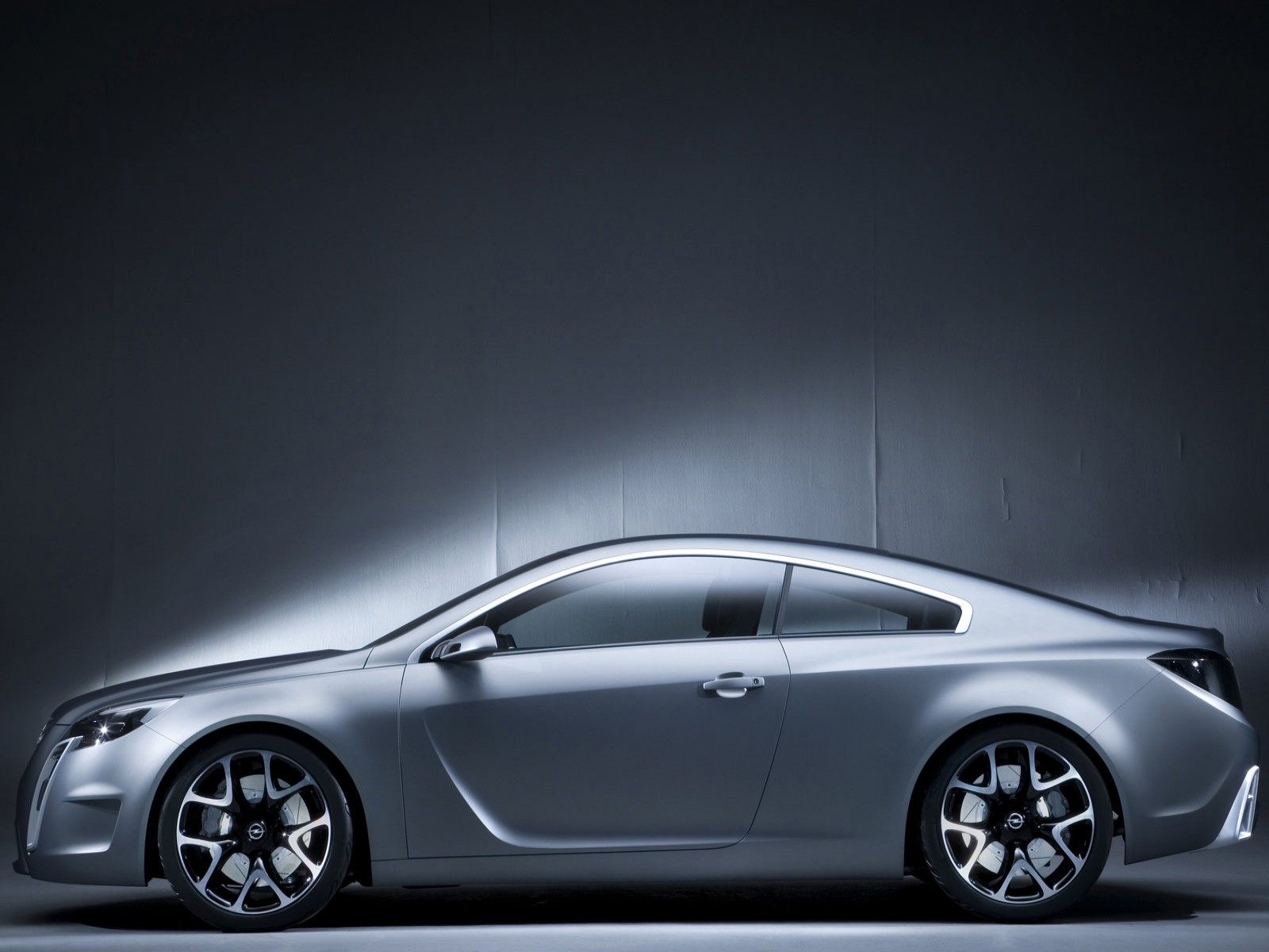 Car Pictures: Opel GTC Concept 2007