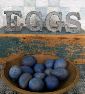 tin egg sign $15