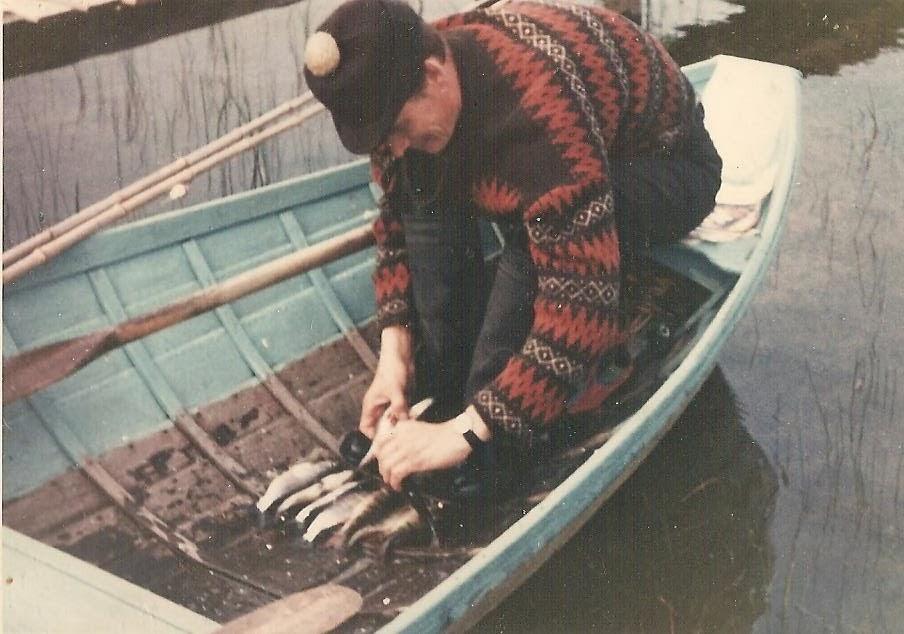 Raimo kalassa Pyhäjärvellä syyskesällä 1967