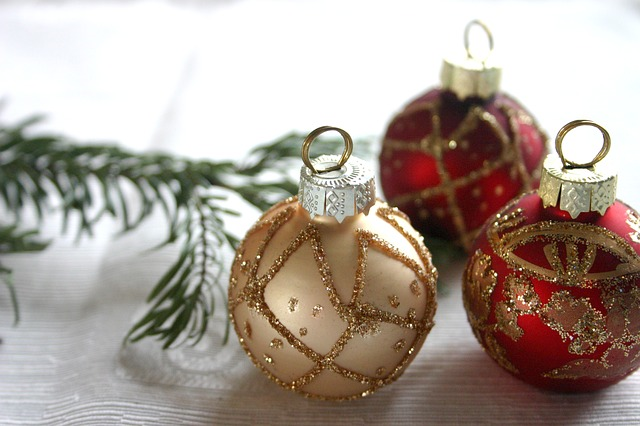 Christmas ornaments, Christmas dinner, decorations