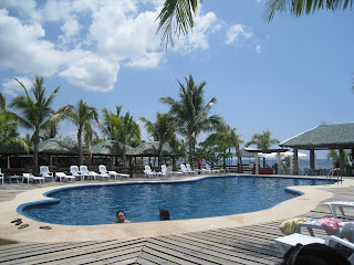 Bataan white corals beach resort and hotel morong bataan discover bataan for Beach resort in bataan with swimming pool