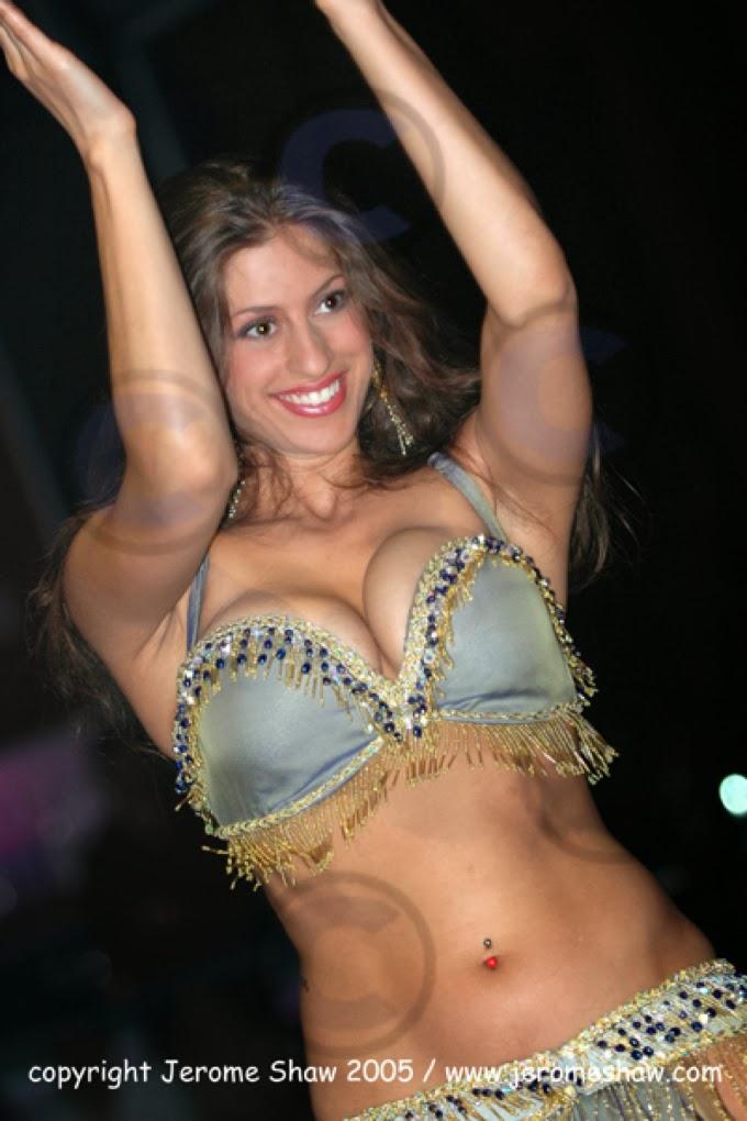 Nude belly-dancing photo 15