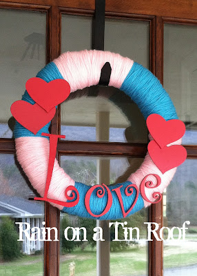 DIY Valentine Wreath & Art {rainonatinroof.com} #valentine #DIY #art #craft #wreath