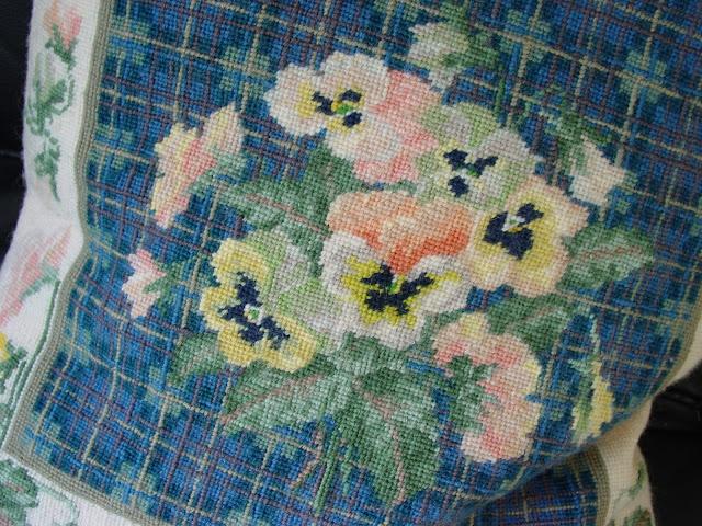 the woolly dog: Knitting Tartan...