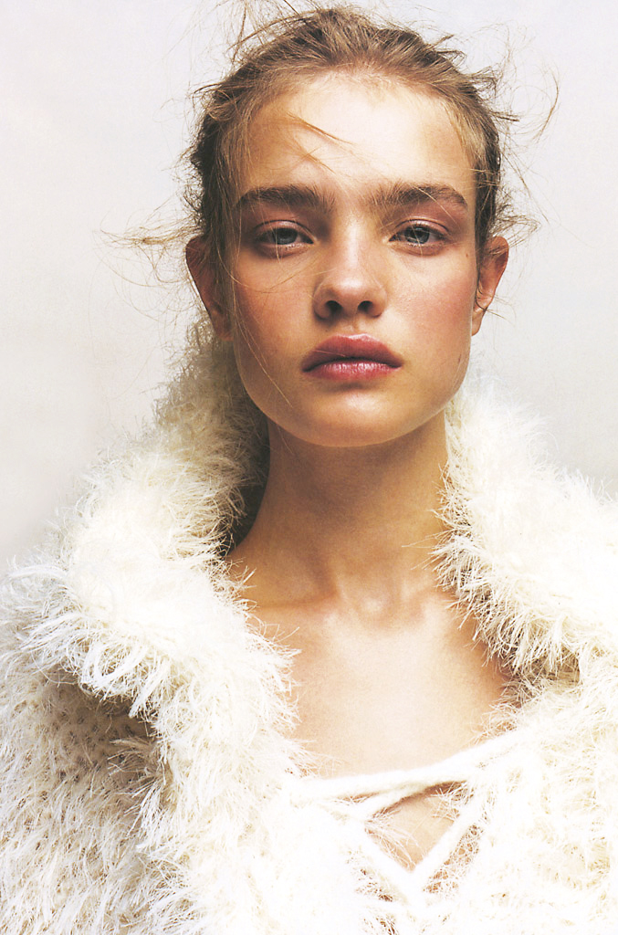 Natalia Vodianova in Numero 37 October 2002 (photography: Jean Baptiste Mondino)