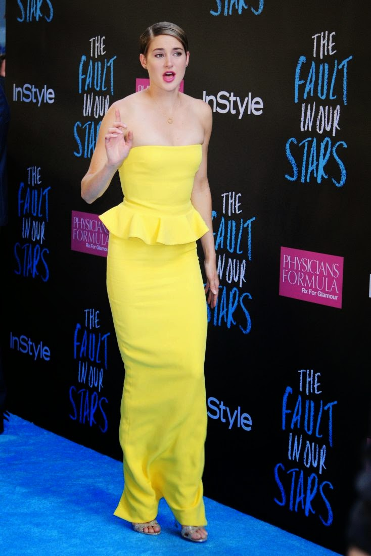 When it comes to elegant show, Shailene Woodley has sophisticated style down to fine art as she attended the New York premiere at Ziegfeld Theater in Manhattan, New York City on Monday, June 2, 2014.