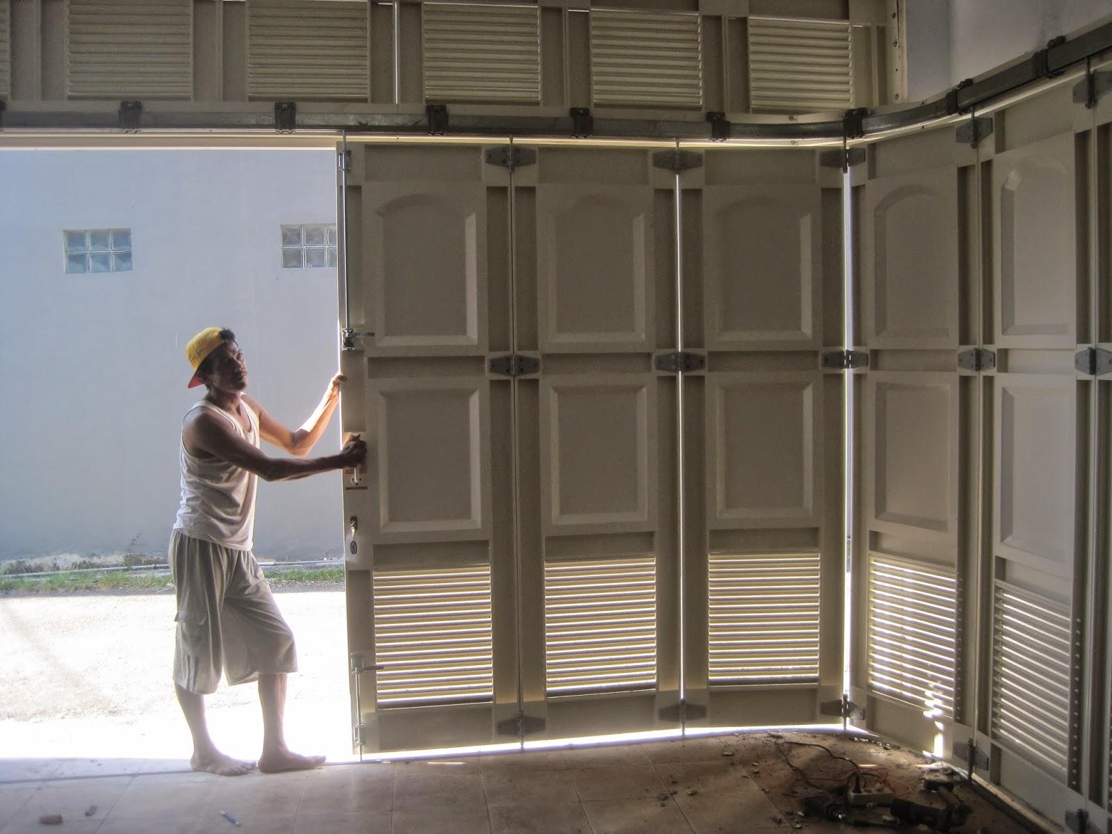 Desain Model Pintu Garasi Yang bisa di Geser