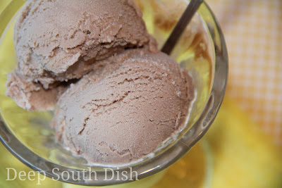 Deep south dish chocolate frosty ice cream a quick and easy ice cream using chocolate milk or yoo hoo chocolate drink with sweetened condensed milk chocolate syrup and a small tub of cool whip ccuart Images