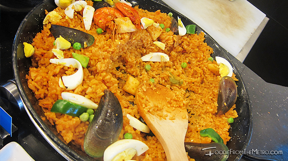 Foodie from the Metro - DADS Saisaki Kamayan DADS Paella