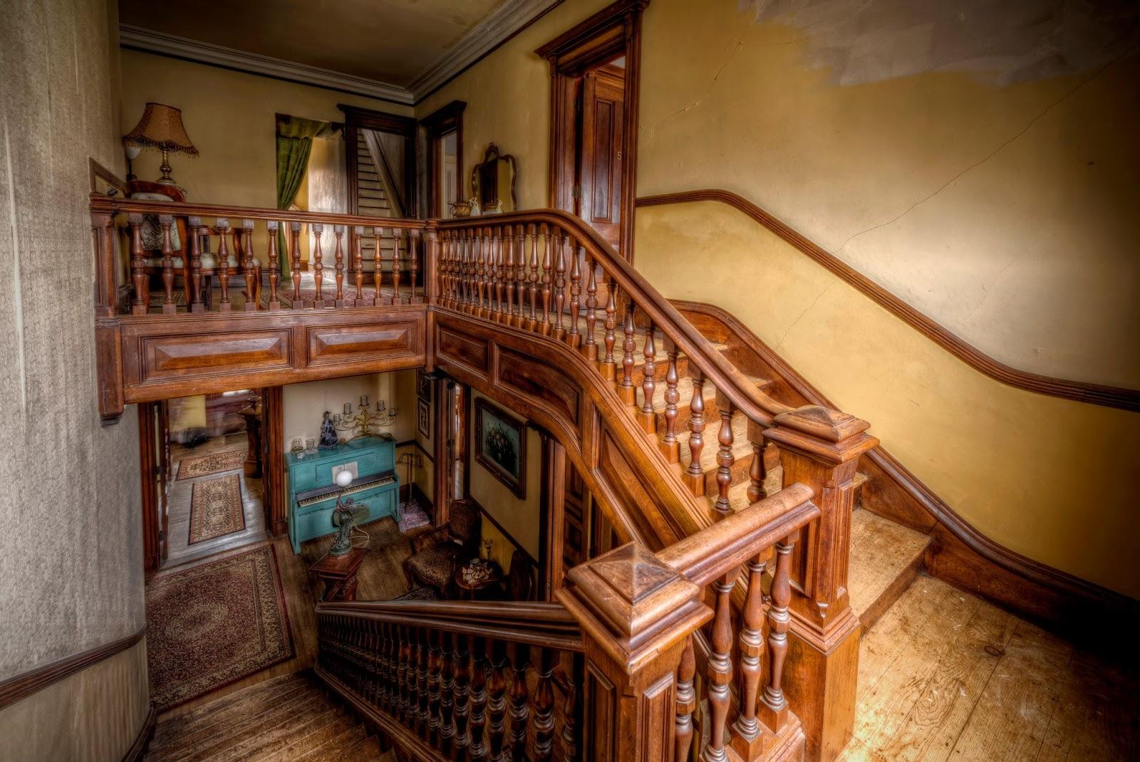 Mansi n victoriana embrujada en gardner mundo paranormal - Mansion victoriana ...