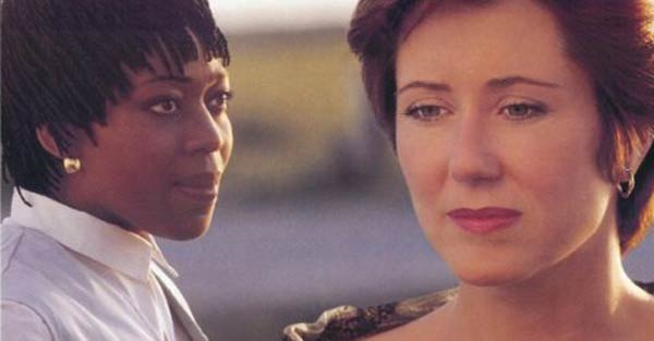 Alfre Woodard and Mary McDonnell in Passion Fish