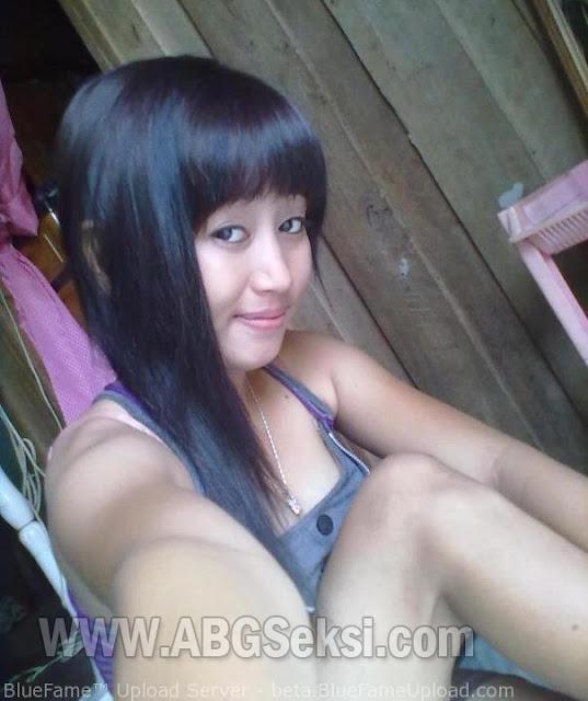 foto cewek facebook binal hot