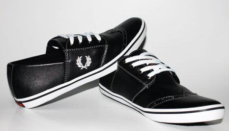Sepatu Fred Perry FP13