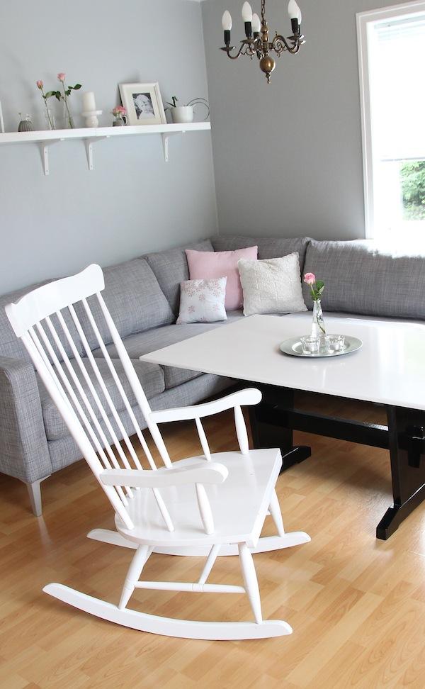 Barbros lille atelier: i en sofa fra ikea...