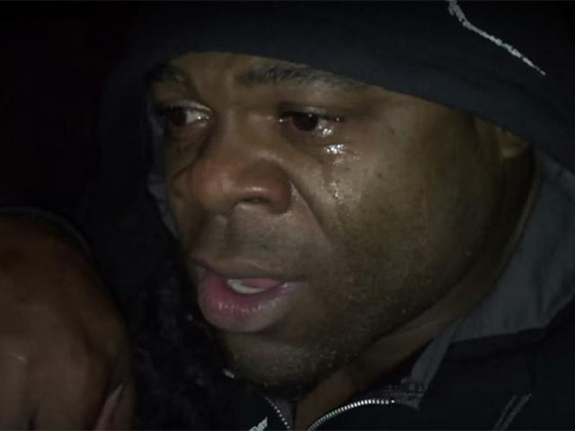 Com lágrimas nos olhos, Kai Greene anuncia que não vai competir no Mr. Olympia 2015. Foto: You Tube/Reprodução