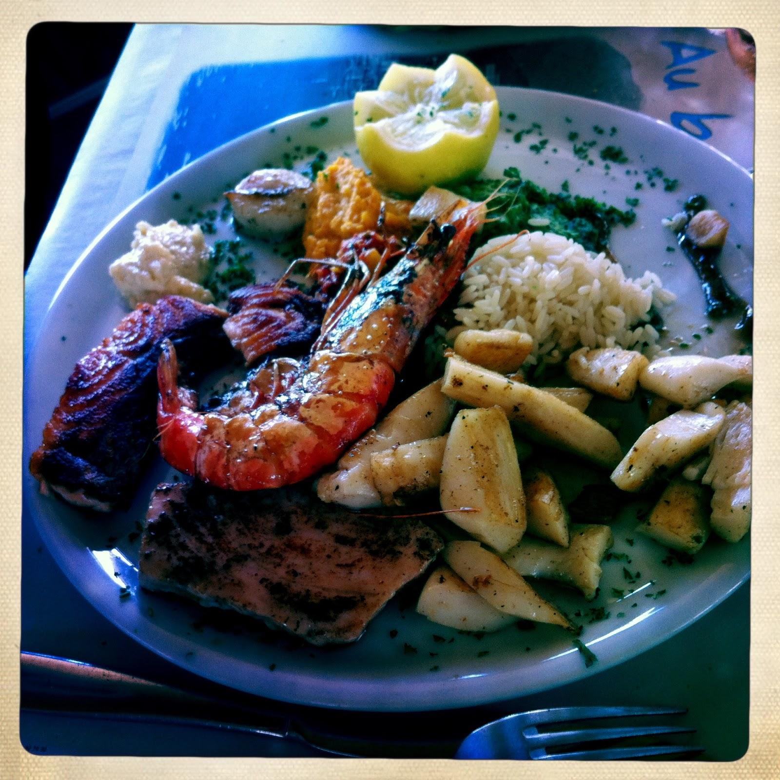 C trobon au bord de l 39 eau restaurant de poisson la - Restaurant poisson marseille vieux port ...