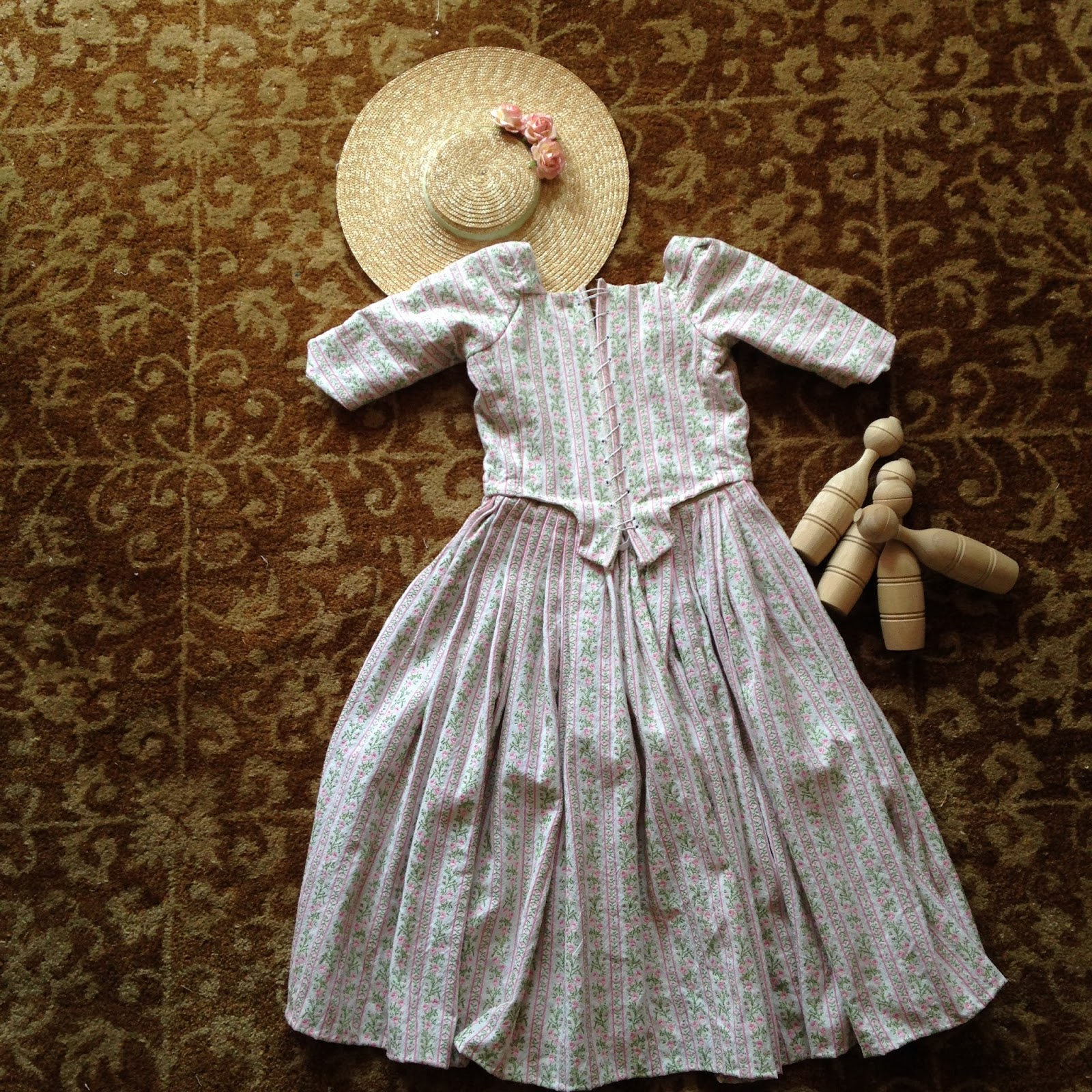 Sew 18th Century: A Little Gown for A Little Girl