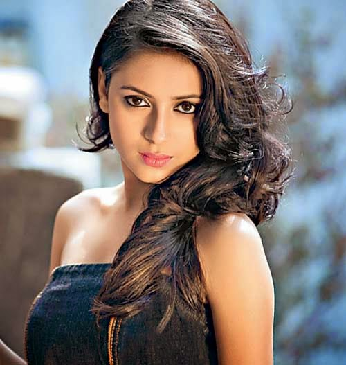 Pratyusha Banerjee In Bikini Pratyusha Baner...