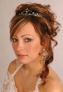Peinados Rizos Y Trenzas Elegantes Peinados De Novias Modernas Para