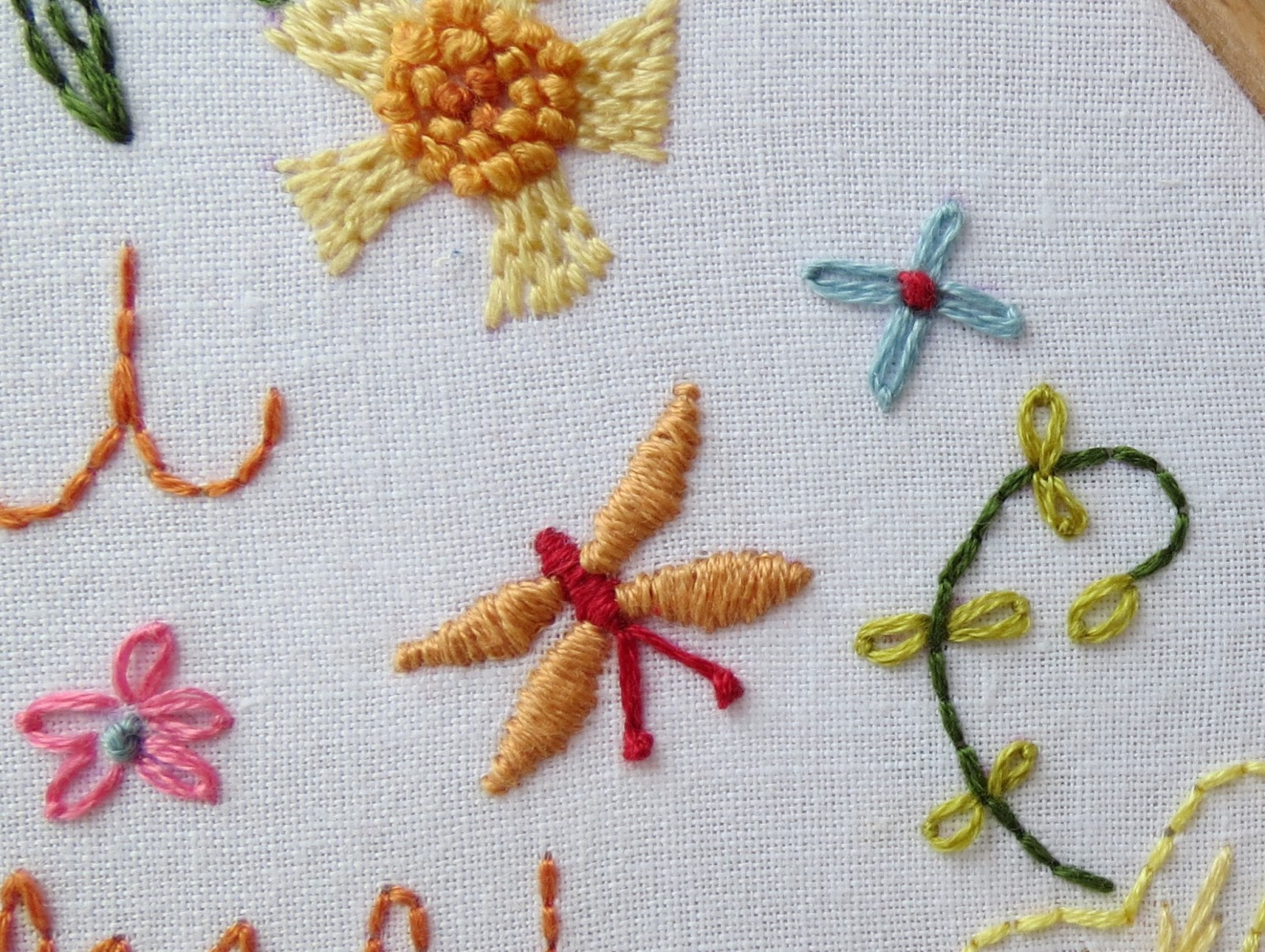 A little happy place how to stitch french knots