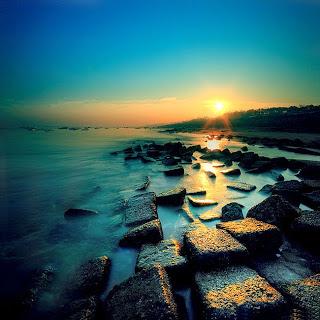 FOY'S LAKE & PATENGA SEA BEACH.