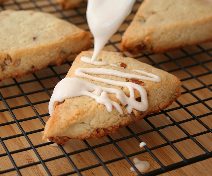 Maple Pecan Scones (Low Carb and Gluten-Free) | All Day I Dream About ...