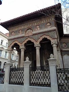 Manastirea Stavropoleos- Pridvorul deschis