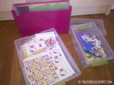 A look inside the Week of a homeschool family with some organizing ideas.