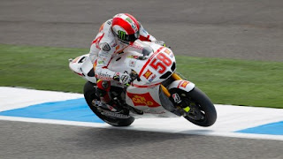 Simoncelli happy after topping the timesheets on day one