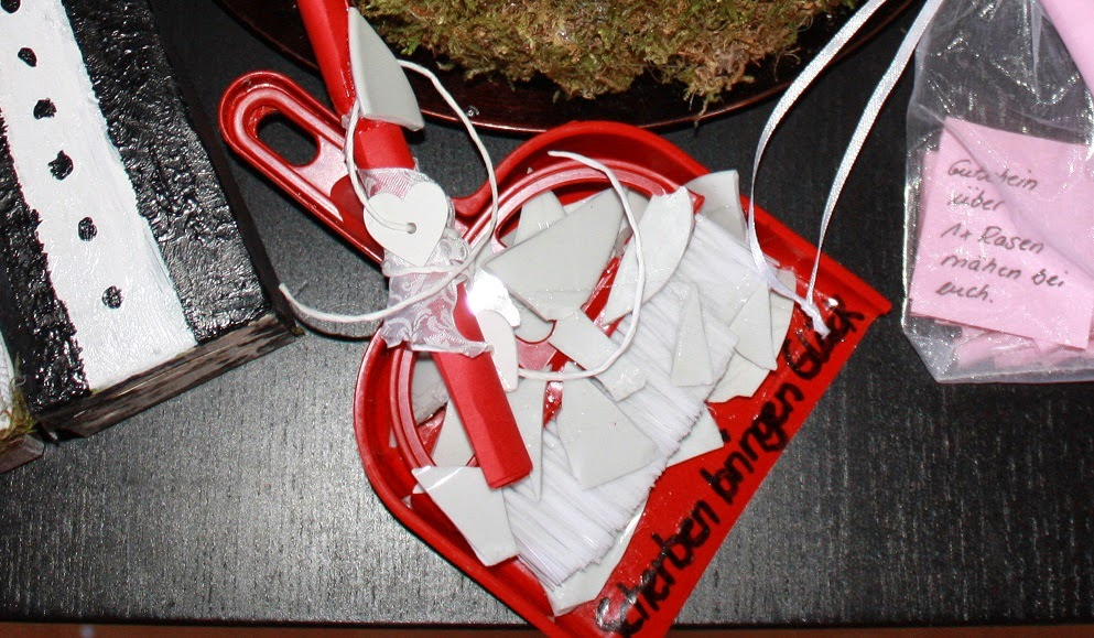 bastelratte yvi gedicht zum hochzeitsgeschenk scherben. Black Bedroom Furniture Sets. Home Design Ideas