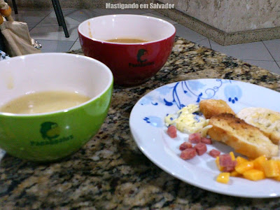 Papaggaiu's: Cumbucas de Sopas e prato com Acompanhamentos