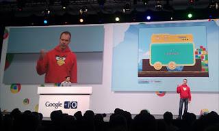 (CNNExpansión) — Google anunció este jueves que su nueva red social incluirá juegos, en una táctica para acelerar su crecimiento y compitiendo en un territorio que hasta ahora le era exclusivo a Facebook. Los usuarios de Google+ podrán disfrutar juegos como Angry Birds, Gemas, Sudoku y otras aplicaciones. Vic Gundotra, vicepresidente de ingeniería de Google, explicó que el proceso de disponibilidad de los juegos será gradual. «Queremos abrirlo a todo el mundo en Google+ muy pronto», dijo el directivo este jueves a través del blog oficial de la firma, añadiendo que algunos usuarios podrán acceder a las aplicaciones a través
