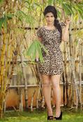 Iswarya menon glam pics-thumbnail-1