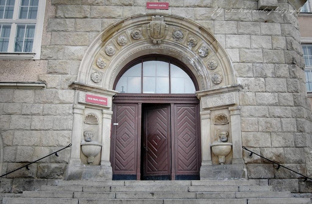 Motyw przewodni: drzwi