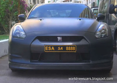 Decatted Nissan GT-R Sound