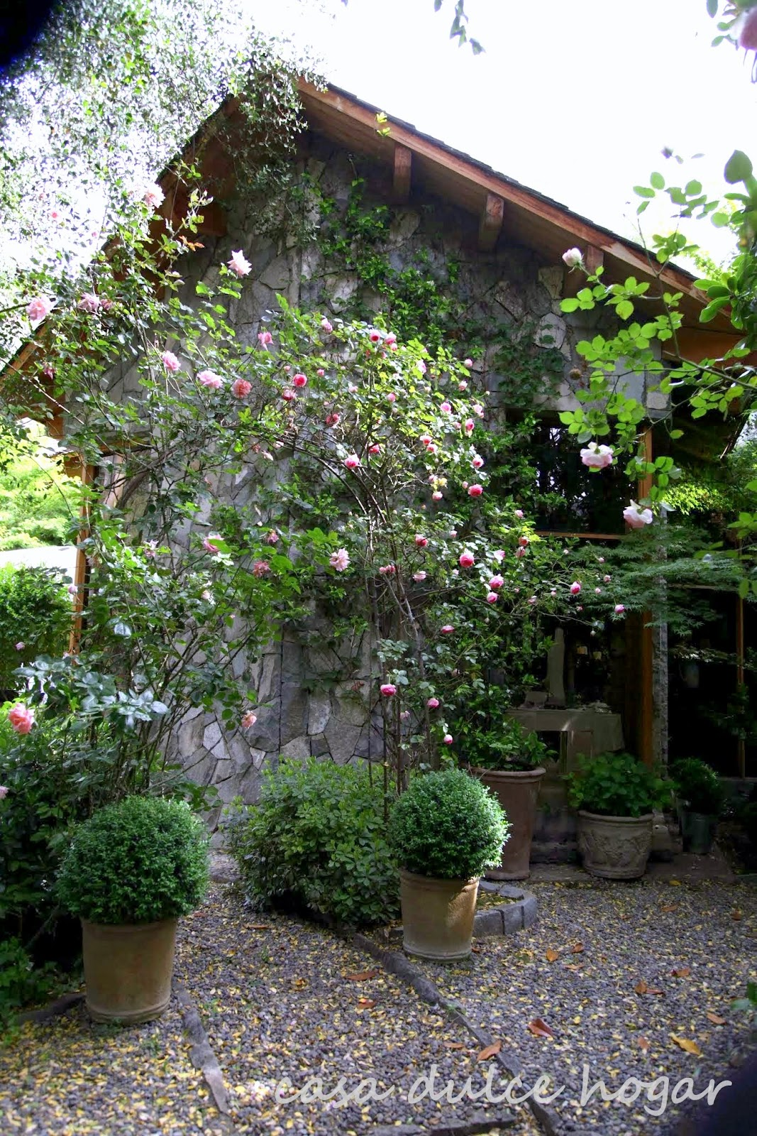 Casa dulce hogar por el jard n for Casa hogar jardin