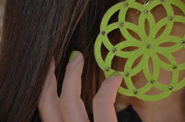 tod's, jeans cycle, ballerine, verde menta, orecchini le gille,revlon,