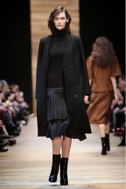 Guy-Laroche, Guy-Laroche-Fall-Winter, Fall-Winter, Fall-Winter-2014, Womenswear, womenswear-2014, ready-to-wear, pret-à-porter, fashion-week-milan, automne-hiver, fashion-week, milano-fashion-week, milan-fashion-week, mlf, mlf14, mlf2014, paris-fashion-week, fashion-week-paris, pfw, pfw14, pfw2014, du-dessin-aux-podiums, blog-mode-femme, blog-sur-la-mode, online-fashion-magazine, mode-chic, new-mode , fashion-looks, milan-fashion, fashionweek, look-mode, mode-a-paris, paris-fashion, style-mode, accessoires-de-mode, ladieswear, in-fashion, blogs-mode, fashion-events