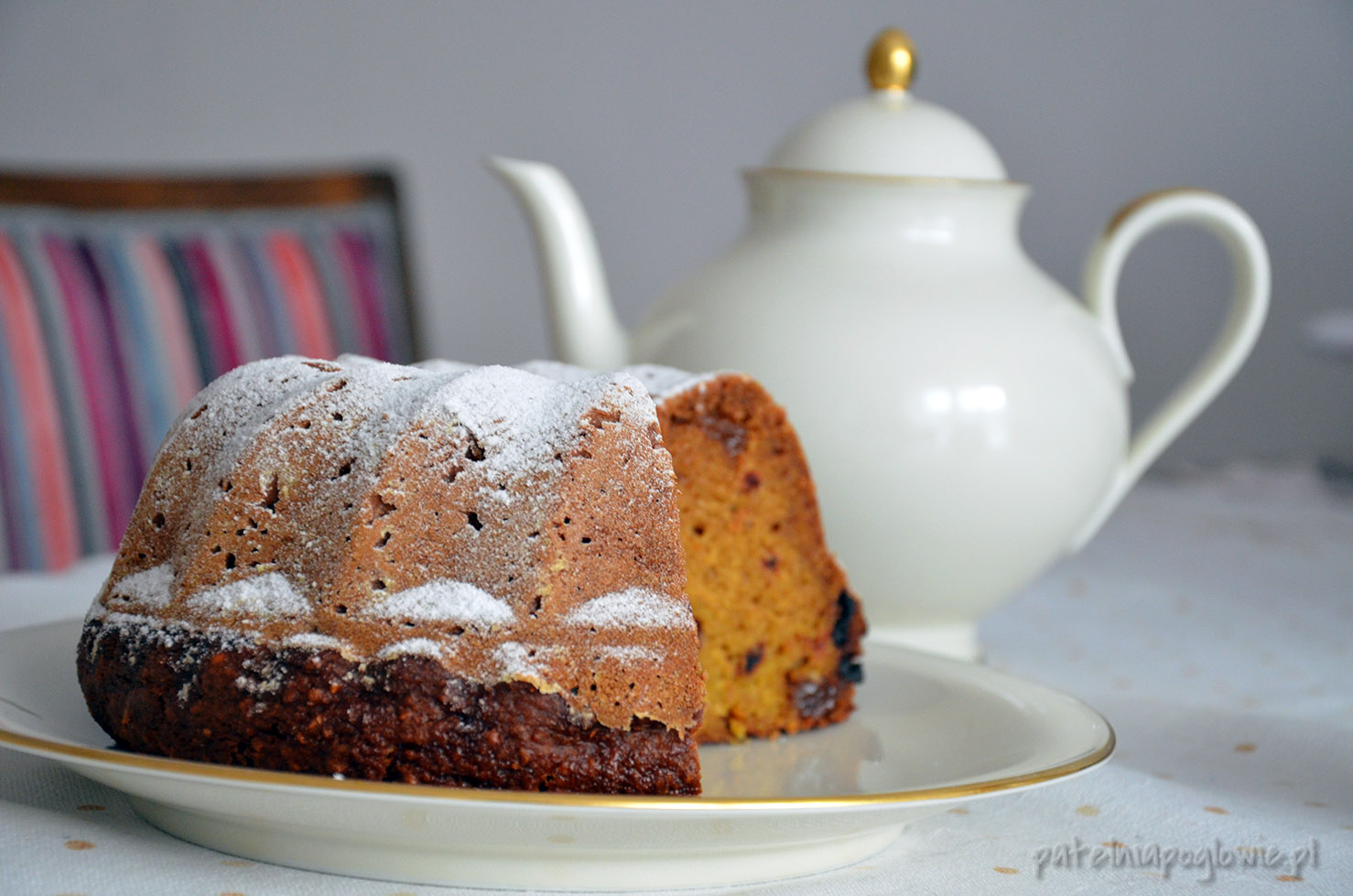 ciasto dyniowe z rodzynkami, przepis, babka dyniowa