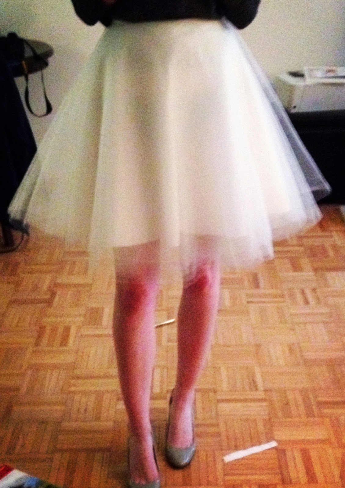 love the femininity of tulle skirts, so when I saw a few tutorials ...