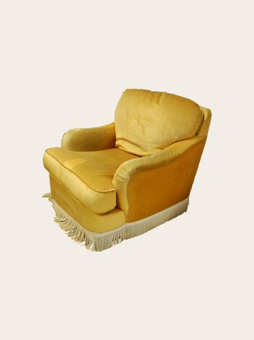 simon j gou artisan tapissier nantes recouvrement d 39 un fauteuil chin. Black Bedroom Furniture Sets. Home Design Ideas