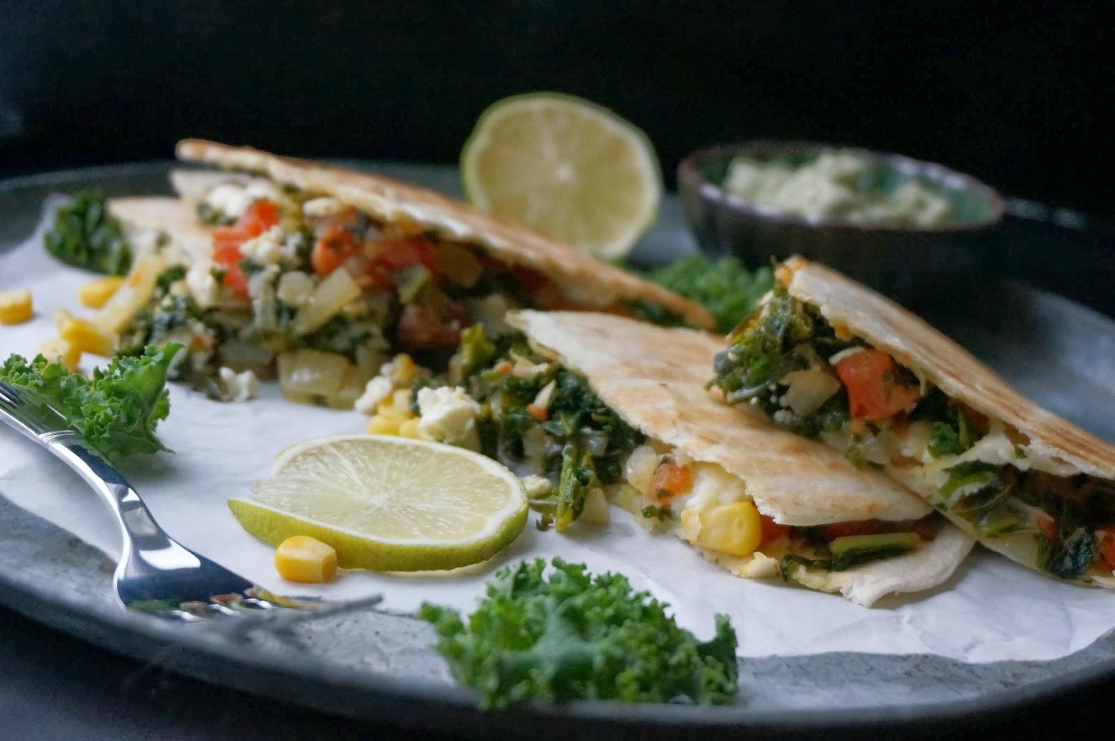 quesadillas med grønkål og feta - mit livs kogebog