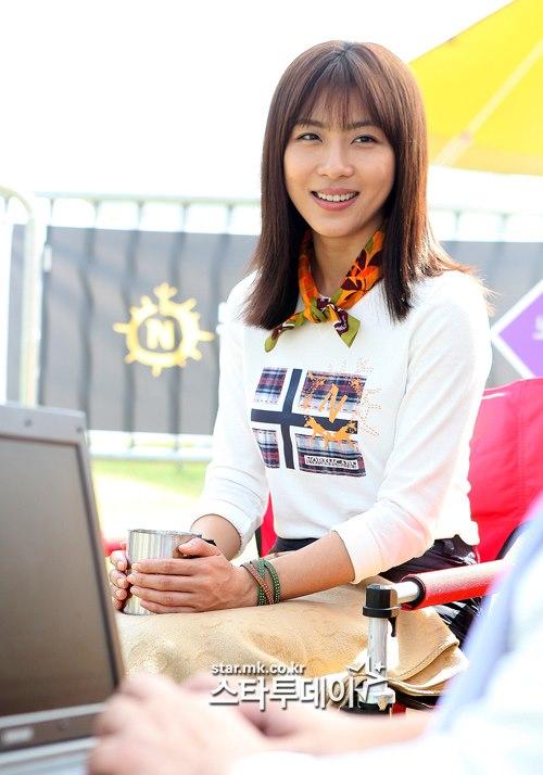 Biodata/Profil & Foto Ha Ji Won - BUKU SINOPSIS ~ DRAMA KOREA TERBARU ...
