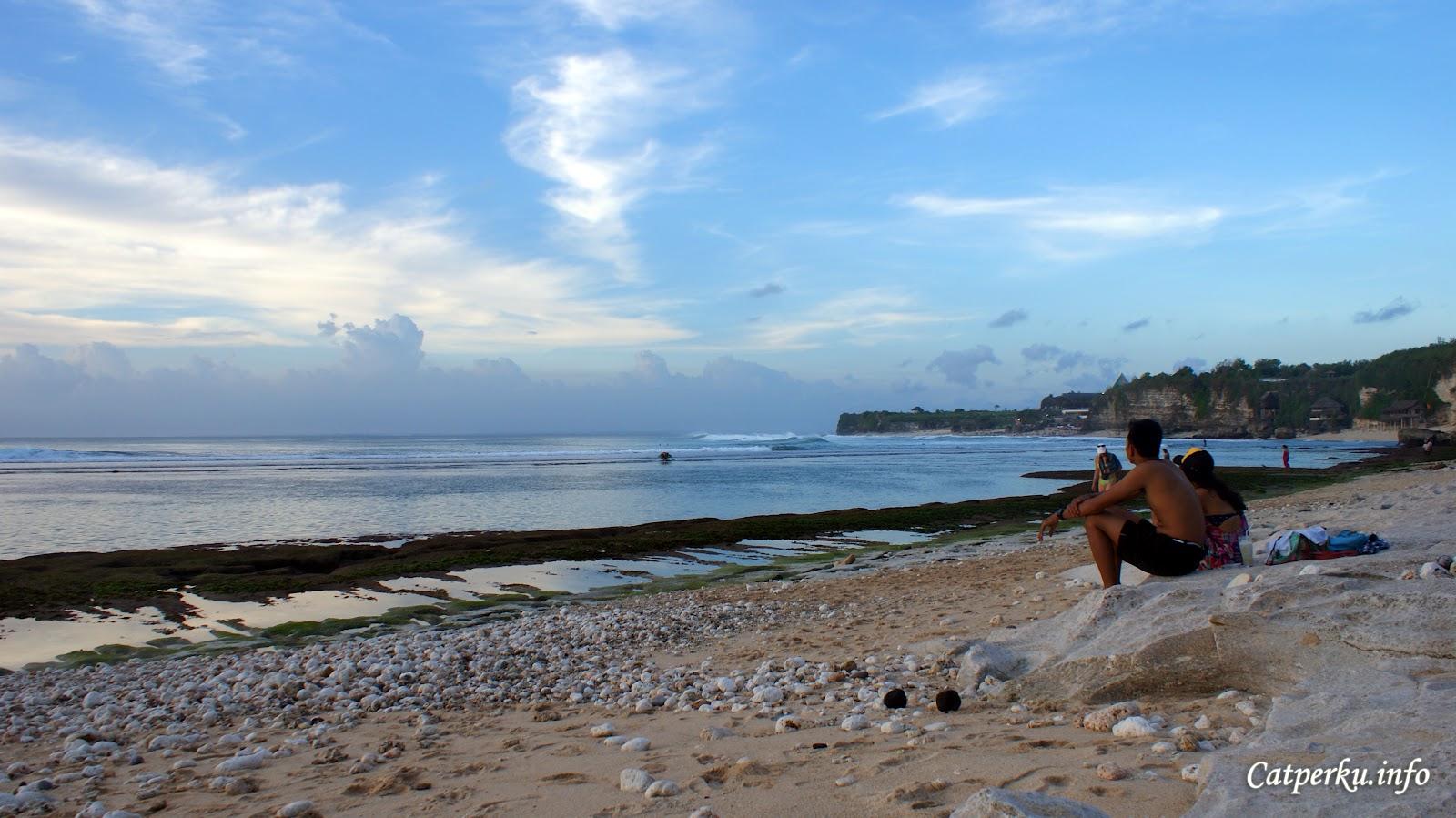 Catatan Perjalananku: The Bingin Beach